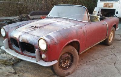 1958 Fiat 1200 TV to restore red