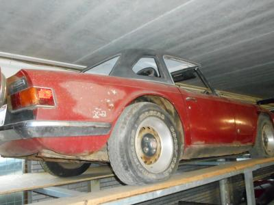 1972 Triumph TR6 red ''72 to restore