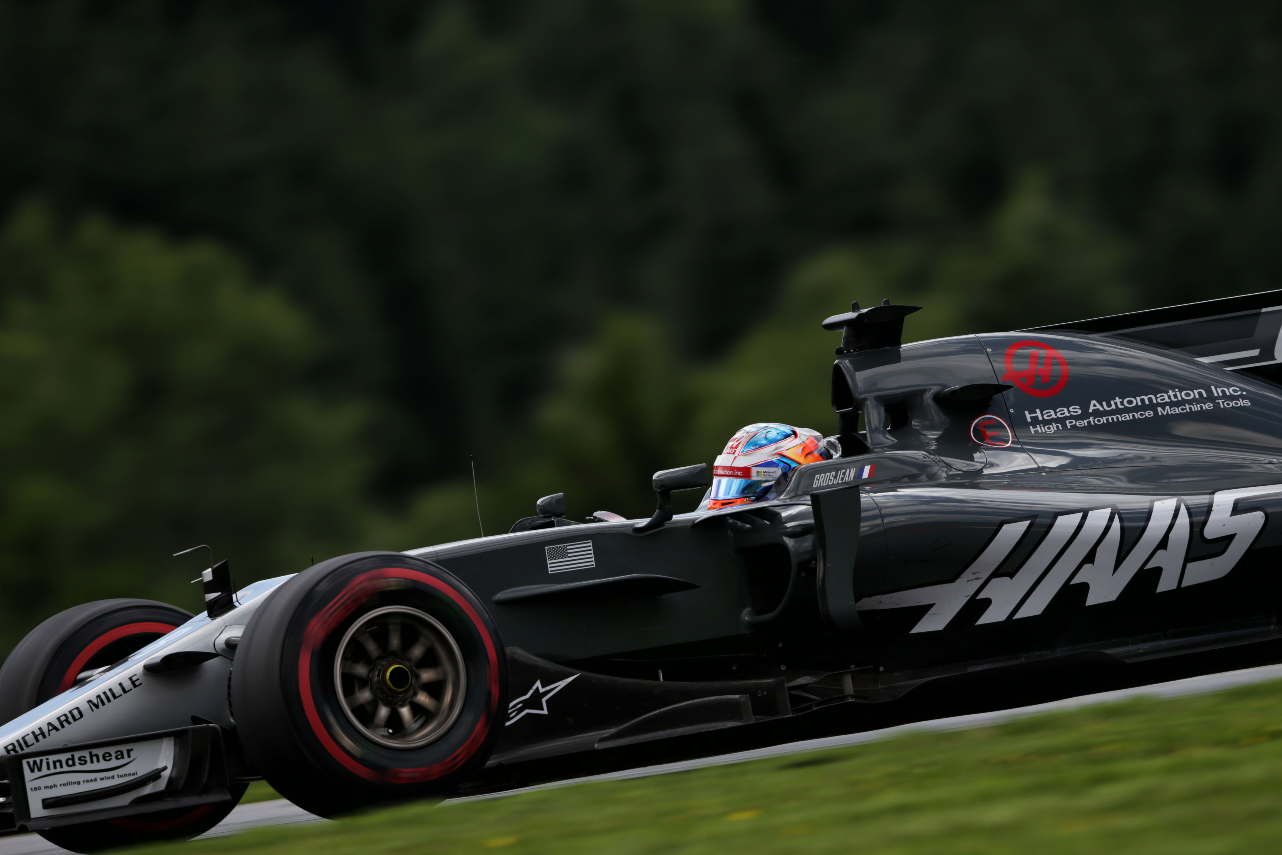 Haas F1 Team Retains Kevin Magnussen And Romain Grosjean For 2018 Classic And Super Cars
